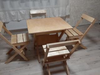 Столы и стулья для террасы.