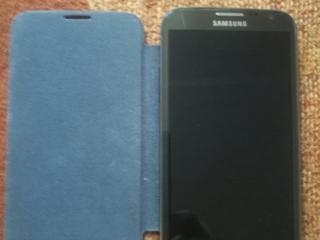 Продаю Samsung Galaxy note 2 не работает, в подарок запасная батарея