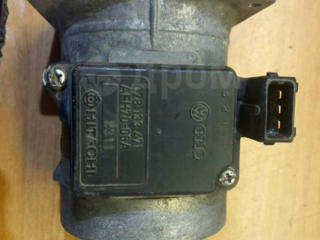 Ауди А6 С4 куплю Расходомер воздуха (ДМРВ), Гофру от расходомера.