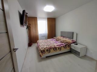 Помесячно, посуточно элитная 2-комнатная квартира с евроремонтом