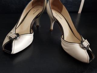 Женская обувь- БЕCПЛАТНО