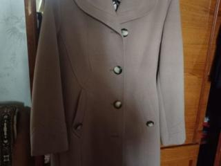 Пальто Интер центрлюкс, новое, разм. 48-50. 500 рублей.