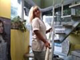 Симпатичная блондинка 38/168/72 познакомится с порядочным мужчиной после 45 лет