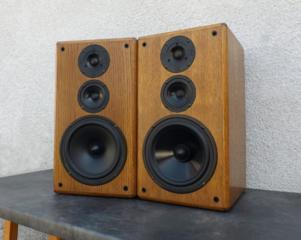 T+A Stratos P20. Немецкая полочная акустика