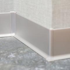 Алюминиевый плинтус / Plinta aluminiu