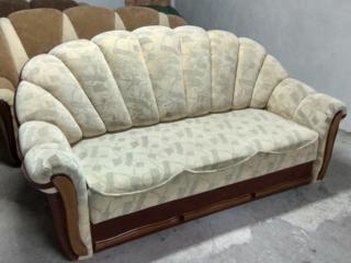 Диваны, софа, кресла раскладные, мягкая мебель в хорошем состоянии.