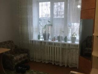 Продается малогабаритная квартира с кухней и газом!!
