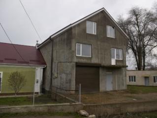Продается новое здание, м-н Кировский, все коммуникации