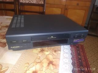 Продается видеомагнитофон Mitsubishi HS-M18(EE) требующий ремонта