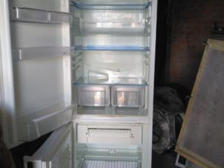 Холодильник Indesi, no frost