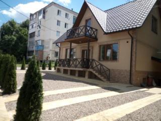 Продам дом 260 кв. м -три этажа, отдельный вход на каждый этаж