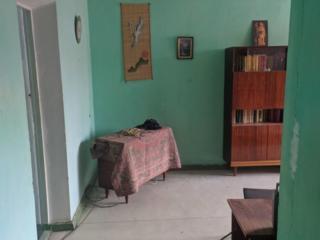 3 комнатная хорошей площади на Шелковом
