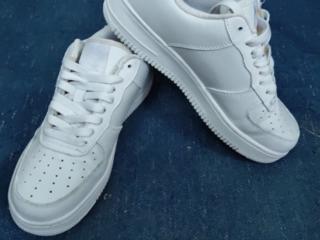 Очень удобные кроссовки Nike Air