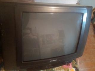 Телевизор Грюндиг на запчасти продаю 250 р.