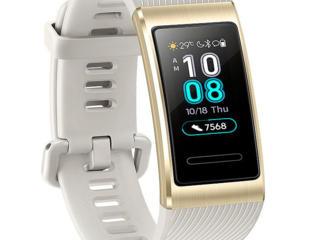 Продам Часы Huawei Band Pro 3