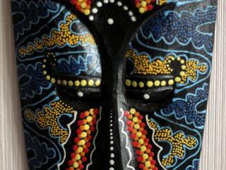 Продам маску индонезийскую