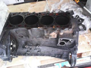 Продам блок двигателя Мерседес 601 2.3