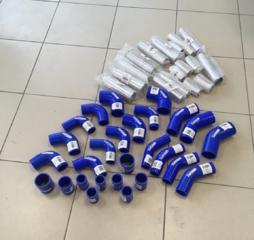 Силиконовые патрубки и алюминиевые пайпы (соединения)