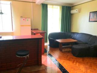 В центре города продаётся 2 комнатная квартира ул. Соборная