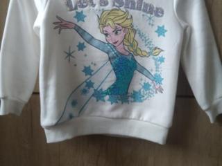 Продам свитер для девочки.