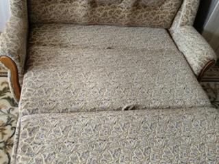 Vând canapea moale extensibila urgent