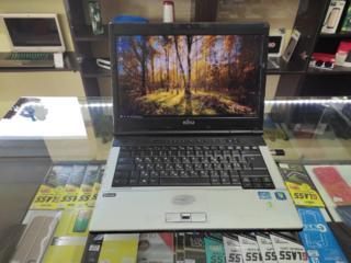 Ноутбук Fujitsu / i5-2520M / 4 DDR3 / 500 HDD /HD Graphics 3000 1,8 Gb