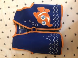 Спасательный жилет для ребенка 20-30 кг б/у фирма Konfidence - 250 lei