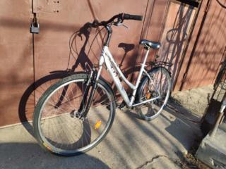 """Велосипед на 28"""" колесах в хорошем состоянии, алюминиевая рама"""