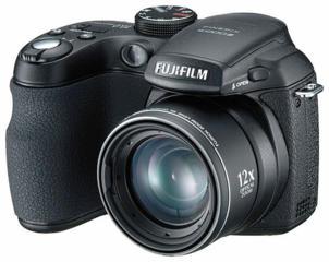 Фотоаппарат Fujifilm FinePix S1000fd торг уместен