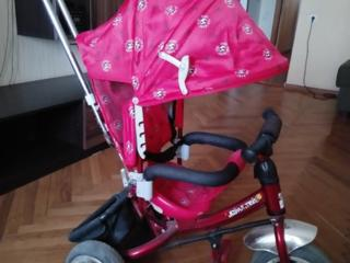 Трёхколёсный детский велосипед с тростью