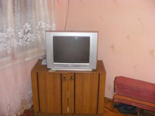 Продам два телевизора.