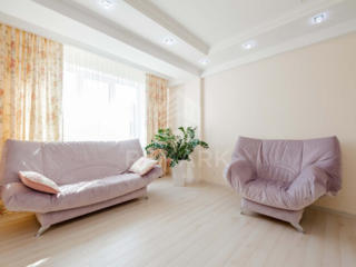Se dă în chirie apartament cu 2 camere, CLUB HAUSE, amplasat în sec. .