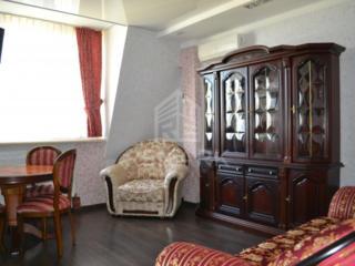 Se dă în chirie apartament cu 2 camere, amplasat în sect. Centru, ...