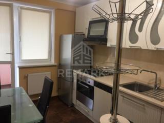Se da în chirie apartament cu 2 camere + living, amplasat în sect. ...