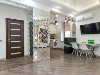 Se dă în chirie apartament de lux, situat în sectorul Centru, str. ...