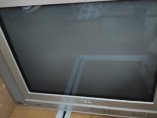 Продам телевизор рабочий 100 рублей