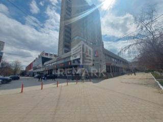 Se vinde spațiu comercial, amplasat pe str. Alba Iulia, în sect. ...