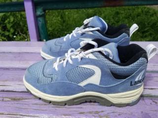 Продам кроссовки Lancast 38 размера новые