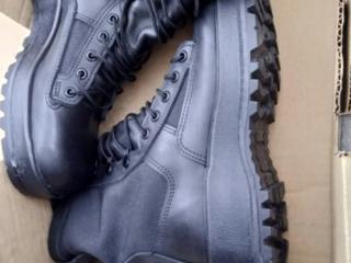 Продам ботинки 41 размера, одевались несколько раз.