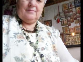 Предсказательница баба Анна 75 лет