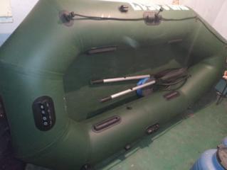 Продам: Лодку ПВХ Шторм 2 местная 2.3 м.  Лод. мотор Вихрь