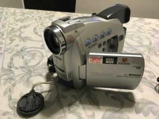 Обмен-продам видеокамеру Canon MV600е. в отличном рабочем состоянии