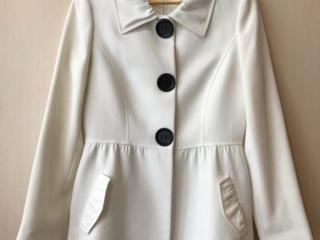Продам белое пальто женское М/L
