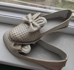 Туфельки для девочки, б/у, в хорошем состоянии.
