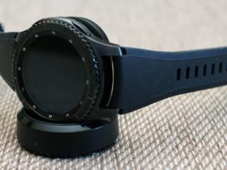 Продам Samsung gear s3