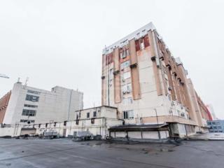 Se vinde spațiu industrial, amplasat pe str. Alba Iulia, sect. ...