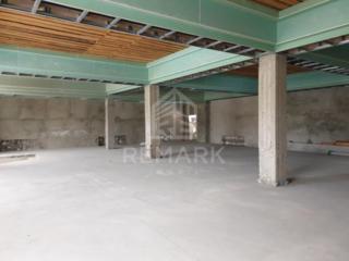 Se vinde spațiu industrial cu 35 ari de teren în com. Cojușna în ...