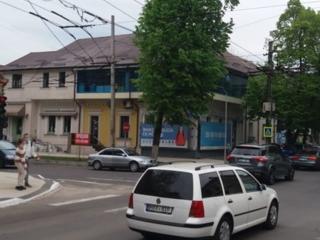 Restaurant cu iesire la Bodoni/Kogalniceanu, cu reparatie euro