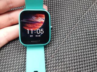 Продам смарт часы и беспроводные наушники. Новое.