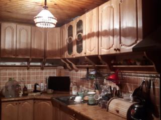 Продам угловую кухню